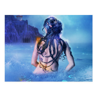 Déesse de mer et de carte postale de nuit