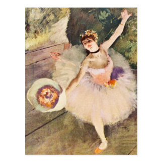 Dégazez la ballerine avec le bouquet des fleurs carte postale