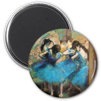 Dégazez les danseurs bleus aimant