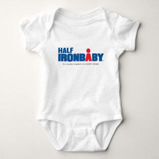 Demi de combinaison de bébé de fer body