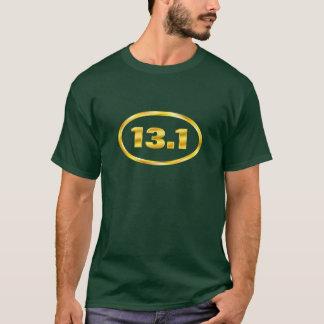 Demi d'ovale de marathon de l'or 13,1 t-shirt