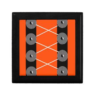 dentelle de fil petite boîte à bijoux carrée