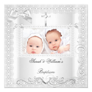 Dentelle jumelle de blanc de baptême de garçon de carton d'invitation  13,33 cm