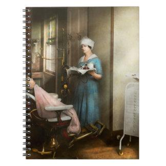 Dentiste - le patient est une vertu 1920 carnet