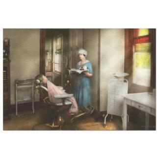 Dentiste - le patient est une vertu 1920 papier mousseline