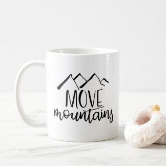 Déplacez la tasse des montagnes |