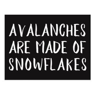 Des avalanches sont faites de flocons de neige, carte postale