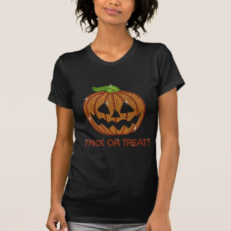 Des bonbons ou un sort imprimé de citrouille de t-shirt
