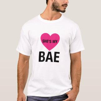 Des couples elle est mon T-shirt de Bae