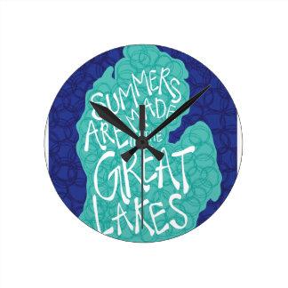 Des étés sont faits dans les Great Lakes - bleu Horloge Ronde