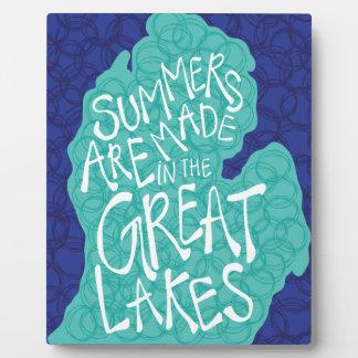 Des étés sont faits dans les Great Lakes - bleu Plaque Photo