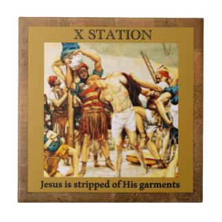 Des stations de la croix #10 de 15 Jésus est Petit Carreau Carré