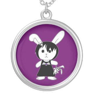 Desdemona le lapin gothique collier