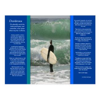 DESIDERATA surfant la carte postale de vague