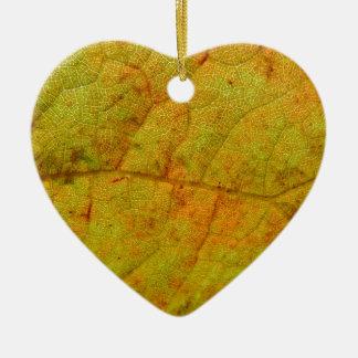 Dessous de feuille de raisin ornement cœur en céramique