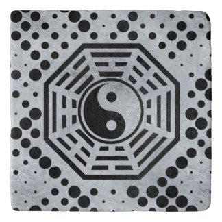 Dessous-de-plat Bagua de shui de Yin et de Yang Feng