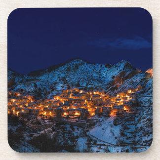 Dessous-de-verre Castelmezzano Italie la nuit