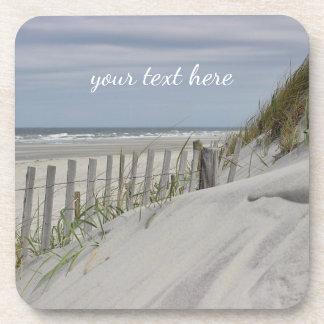Dessous-de-verre Dunes patinées de barrière et de sable à la plage