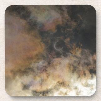 Dessous-de-verre Éclipse solaire et nuages