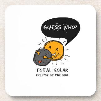 Dessous-de-verre Éclipse solaire totale de la conjecture de Sun qui