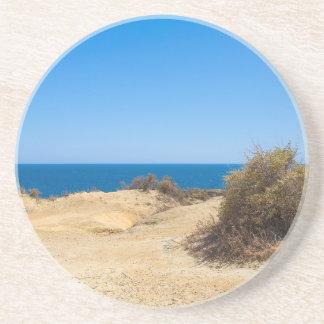 Dessous De Verre En Grès Côte avec la mer bleue et le sky.JPG