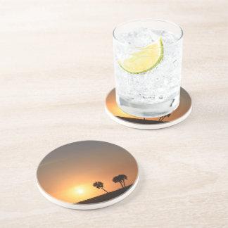 Dessous De Verre En Grès Côte de boissons de grès avec une image de coucher