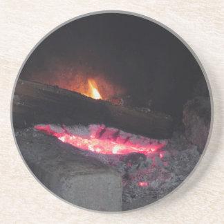 Dessous De Verre En Grès Flèches de la chaleur de flamme du feu en bois