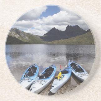Dessous De Verre En Grès Kayaks, montagne de berceau et lac dove, berceau