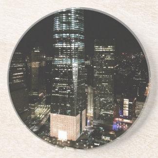 Dessous De Verre En Grès Lumière d'architecture d'horizon de nuit de NYC