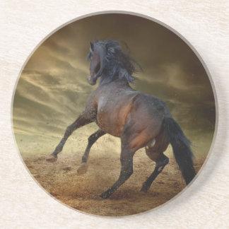 Dessous De Verre En Grès Mustang sauvage s'opposant