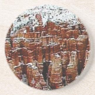 Dessous De Verre En Grès neige et glace dans le formationsf de roche