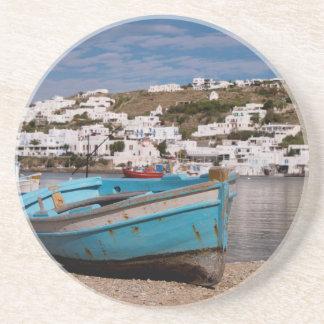 Dessous De Verre En Grès Région de port et de port avec les bateaux de