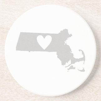 Dessous De Verre En Grès Silhouette d'état du Massachusetts de coeur