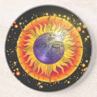 Dessous De Verre En Grès Visage de lune total d'éclipse solaire