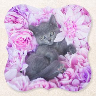 Dessous-de-verre En Papier Floral pourpre de chaton de couvreur