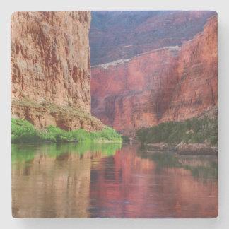 Dessous-de-verre En Pierre Le fleuve Colorado en canyon grand, AZ