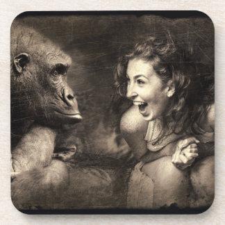 Dessous-de-verre Femme faisant le gorille rire