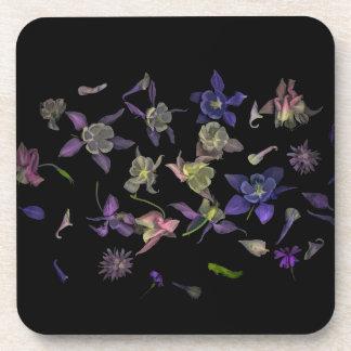 Dessous de verre magiques de fleur avec le dos de