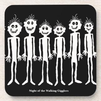 Dessous-de-verre Nuit de la pétroglyphe de marche de Gigglers