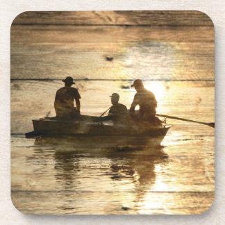 Dessous-de-verre Pêche primitive de canoë de bateau de lac de pays