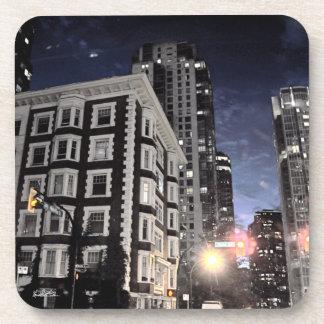 Dessous-de-verre photo de ville la nuit