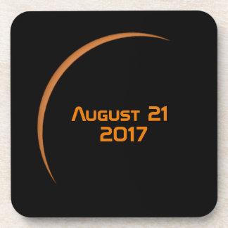 Dessous-de-verre Près de l'éclipse solaire partielle de maximum le