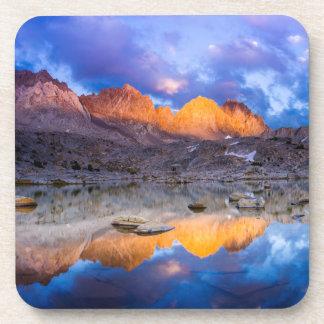 Dessous-de-verre Réflexion de montagne, la Californie