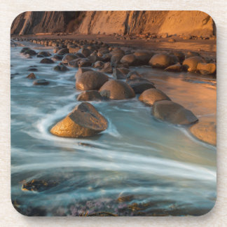 Dessous-de-verre Vague le long de la plage, la Californie