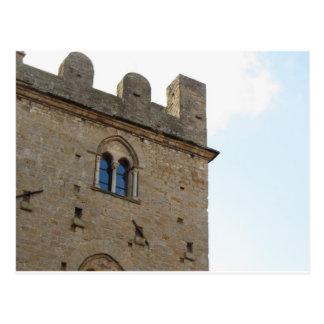 Détail de dei Priori de Palazzo dans le village de Carte Postale