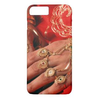 Détail des bijoux élaborés coque iPhone 7 plus