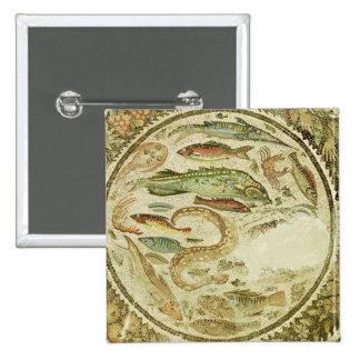 Détail des poissons, les quatre saisons, de Vega B Badge