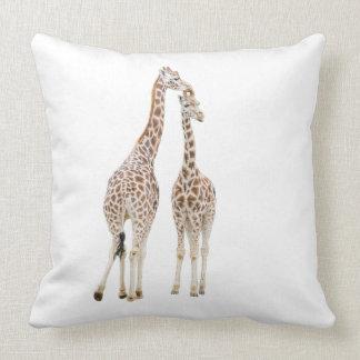 Deux girafes coussin
