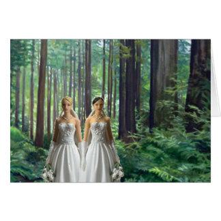 Deux jeunes mariées dans la forêt carte de vœux