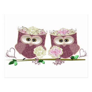 Deux jeunes mariées épousant des cadeaux d'art de cartes postales